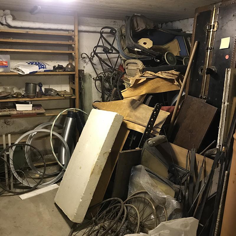 Rörigt garage